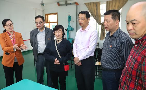 中国宝武武汉总部工会领导来亚洲城调研